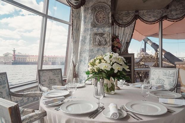 ресторан «Летучий голландец», Санкт-Петербург