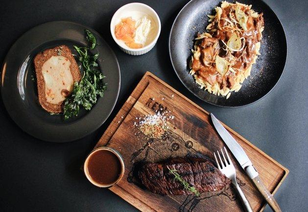 Red. Steak & Wine: Мясной сет