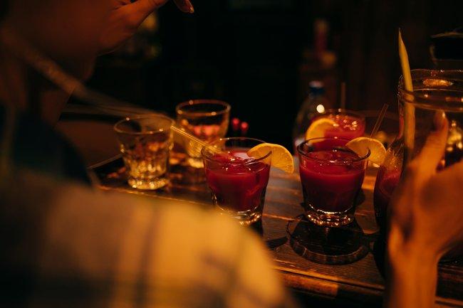 Плюшкин: День бармена