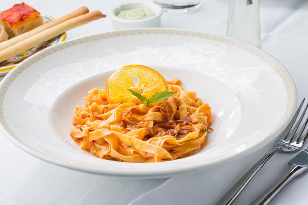 Ресторан «Amo Cucinare», Санкт-Петербург: Талиателли с прошутто и апельсином