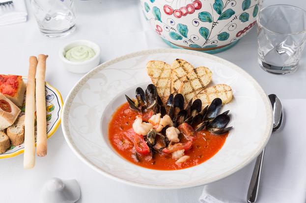 Ресторан «Amo Cucinare», Санкт-Петербург: Томатный суп с мидиями и пеперончино