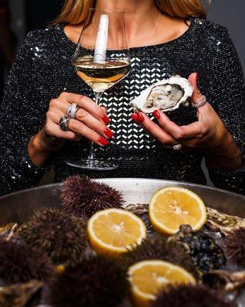 Nomo: Ужин с вином